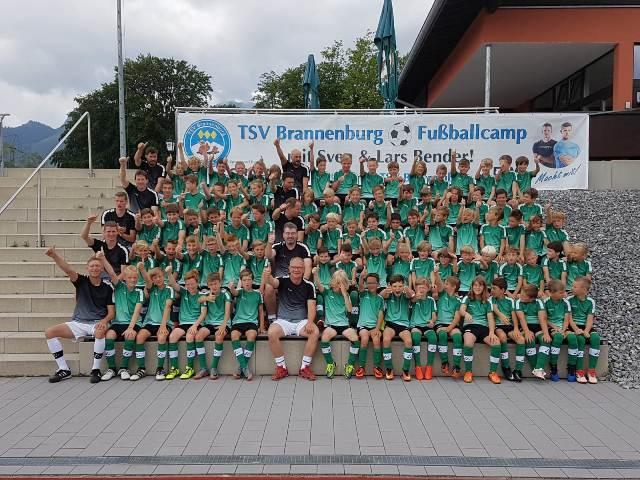 Fussballcamp des TSV Brannenburg mit Lars und Sven Bender